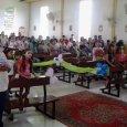 Hoje foi dado início oficial a catequese para o ano de 2014. Vários catequistas, catequizandos e pais estavam presentes na missa de abertura.