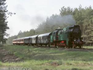 OKz32-2 z pociągiem towarzyszącym Paradzie Parowozów w Wolsztynie