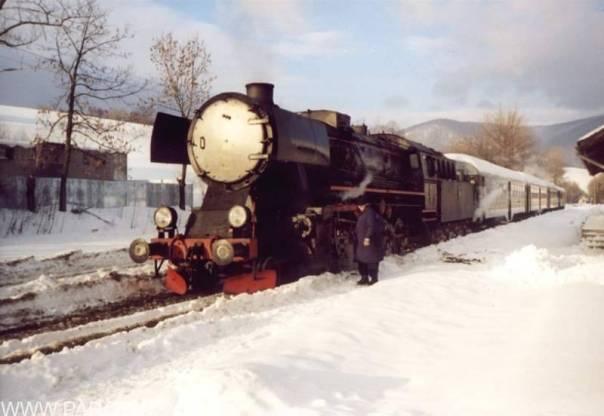 MSZANA DOLNA:Szybka kontrola parowozu-st. maszynista Kazimierz Ceklarz
