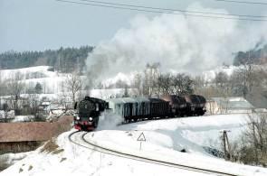 Odcinek Ustianowa-Ustrzyki Dolne 2.02.2000. Fot. Łukasz Alczewski.