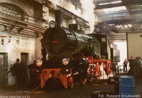 Pierwsze rozpalenie Ol12-7 po odbudowie. 20.08.1993. Fot.: Ryszard Smulkowski.
