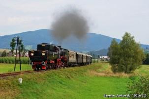 Ty42-24 z pociągiem Mszana Dolna-Chabówka. 21.08.2016. Fot.: Szymon Jurkowski.