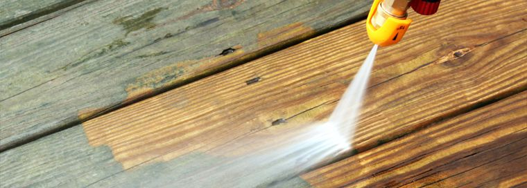 Limpiar tarima exterior de madera