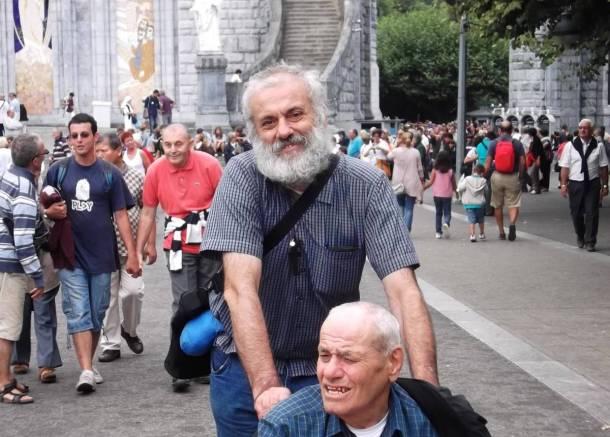 Frate Stefano a Lourdes