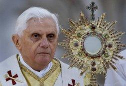 Papa Benedicto XVI.Eucaristía.1