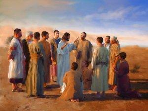 Jesús envía a los Apóstoles.1