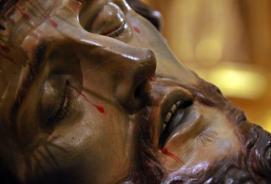 Descendimiento.Besapié.Cristo Amparo.2016.12