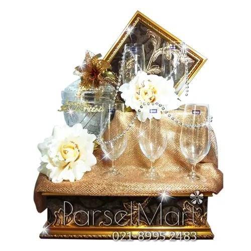 parcel-lebaran-kristal