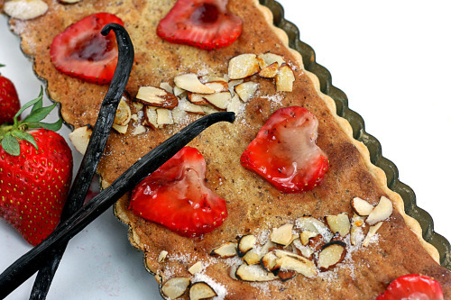 Strawberry Vanilla Bean Almond Bakewell Tart