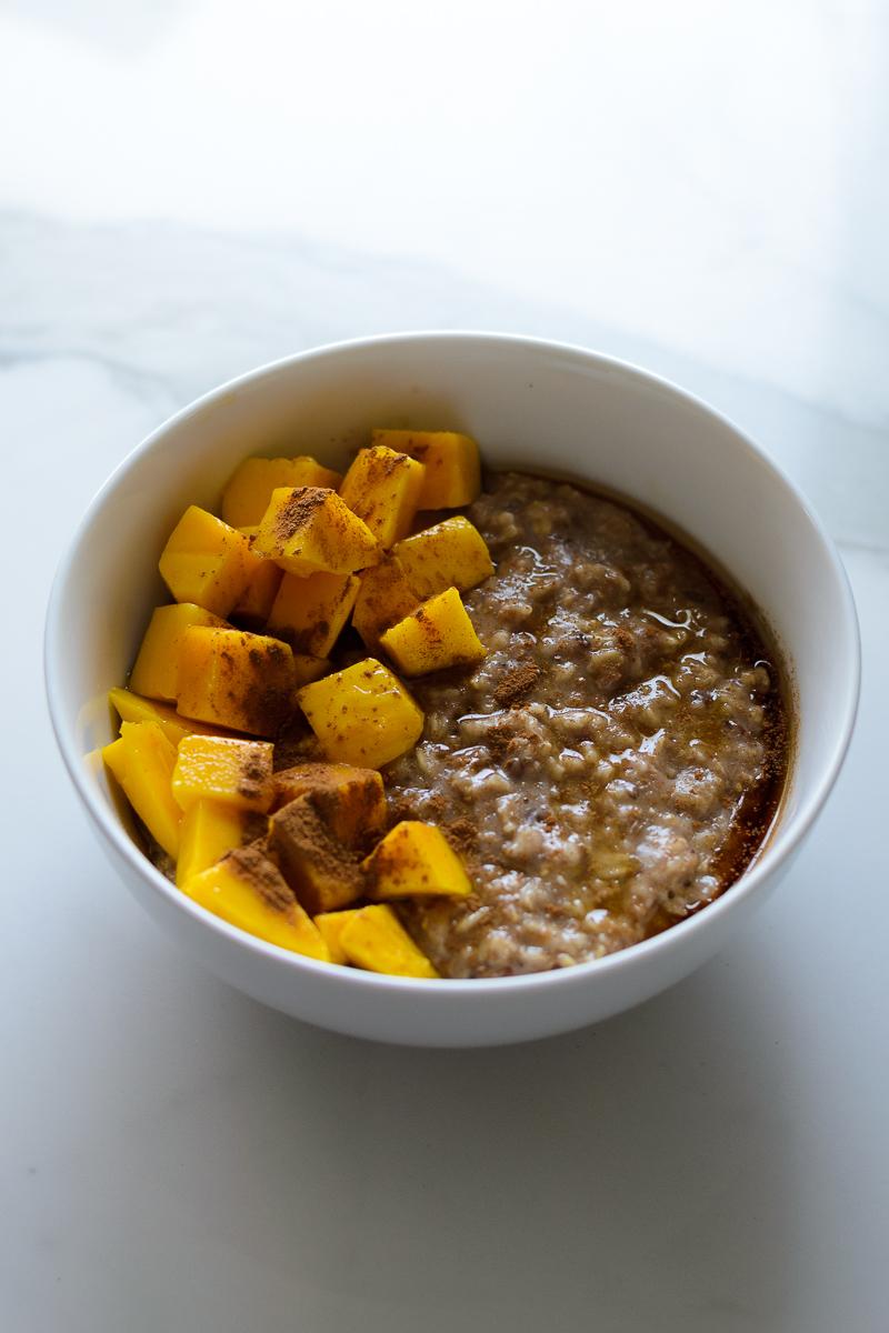 Breakfast Porridge w/ Mangoes