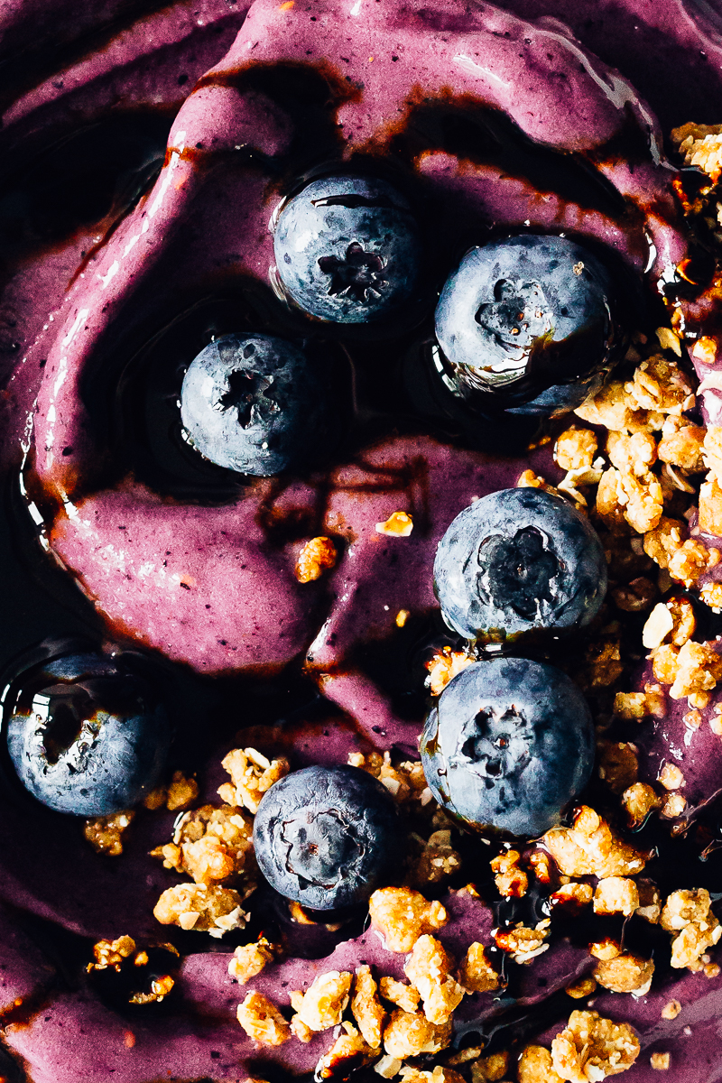 Vegan Berry Smoothie Bowl