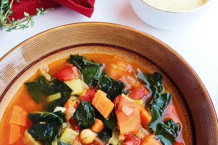 Hearty Kale, Tomato, and White Bean Soup