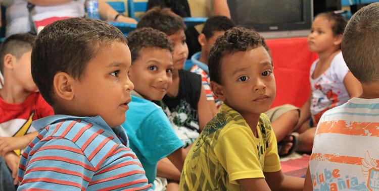 Écoliers au Brésil