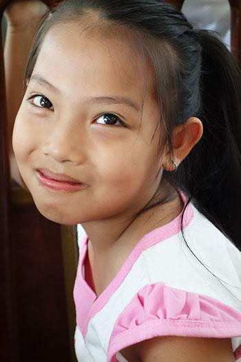 écolière au Vietnam