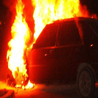 incendio-macchina