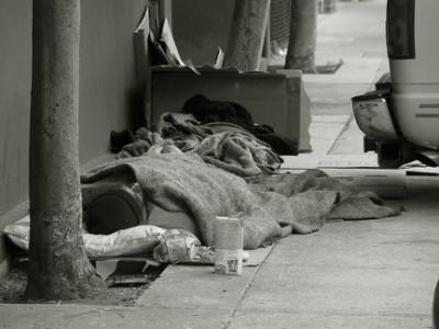 senzatetto morto a palermo
