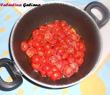pomodorini_metà