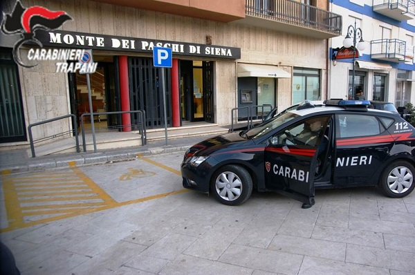 carabinieri rapina mazara banca 9 aprile 2