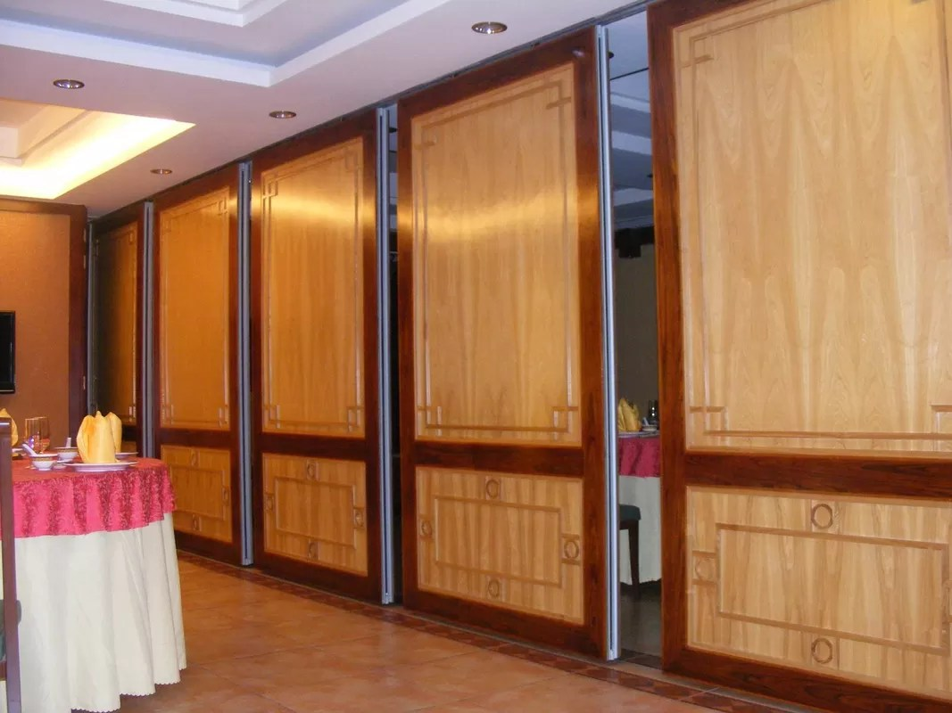 Commercial Wooden Aluminum Acoustic Room Dividers Office Folding Panel Partitions