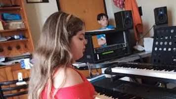 Il cielo in una stanza - alle tastiere Melissa Principe