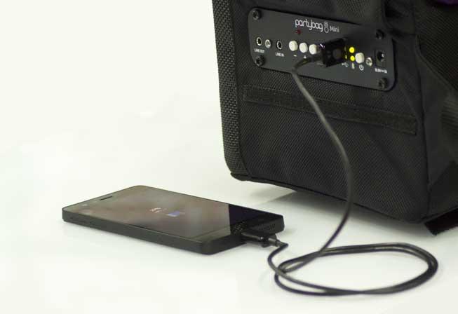 Ricarica il tuo telefono o il tablet come un PowerBank