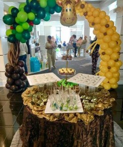 Safari Themed balloon arch