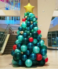 Balloon Christmas tree organic