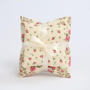 Sacchetto bomboniera coppia di cuscini in cotone colore avorio con fiori (10 pz) STOCK-0
