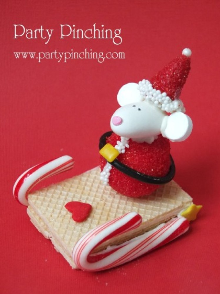 cute santa treat, christmas dessert idea, cute christmas mouse, santa truffle mouse, lindt truffle