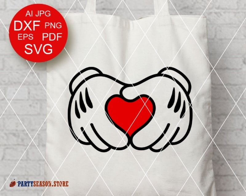 Download Mickey hands heart sign