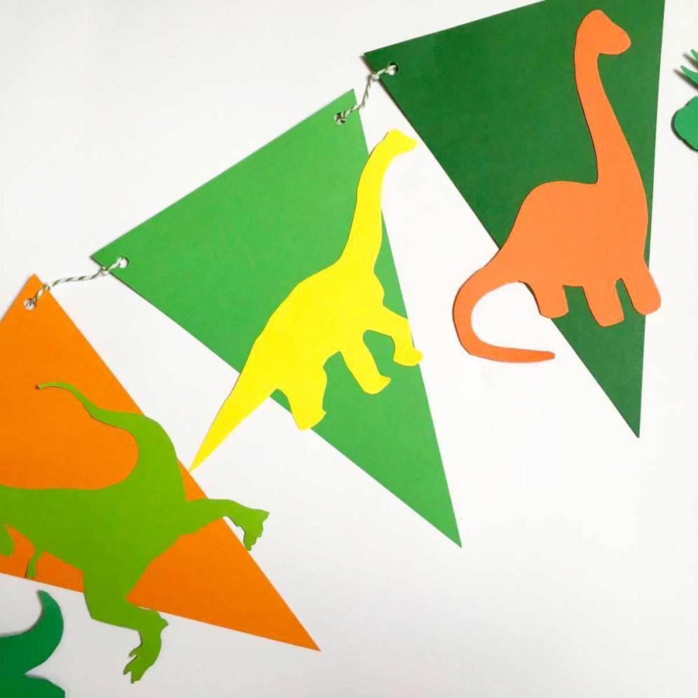 Banner dinosauri realizzato da Partytude