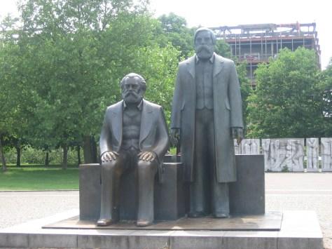 Memorial Marx y Engels