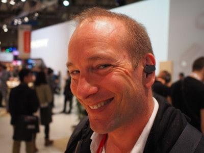 Sony Ear, comme dans le film Her.