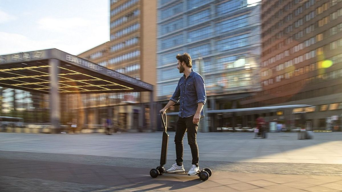 Robot livreur, robot barman, trottinette-skateboard, éviter le gaspillage alimentaire et autres nouvelles