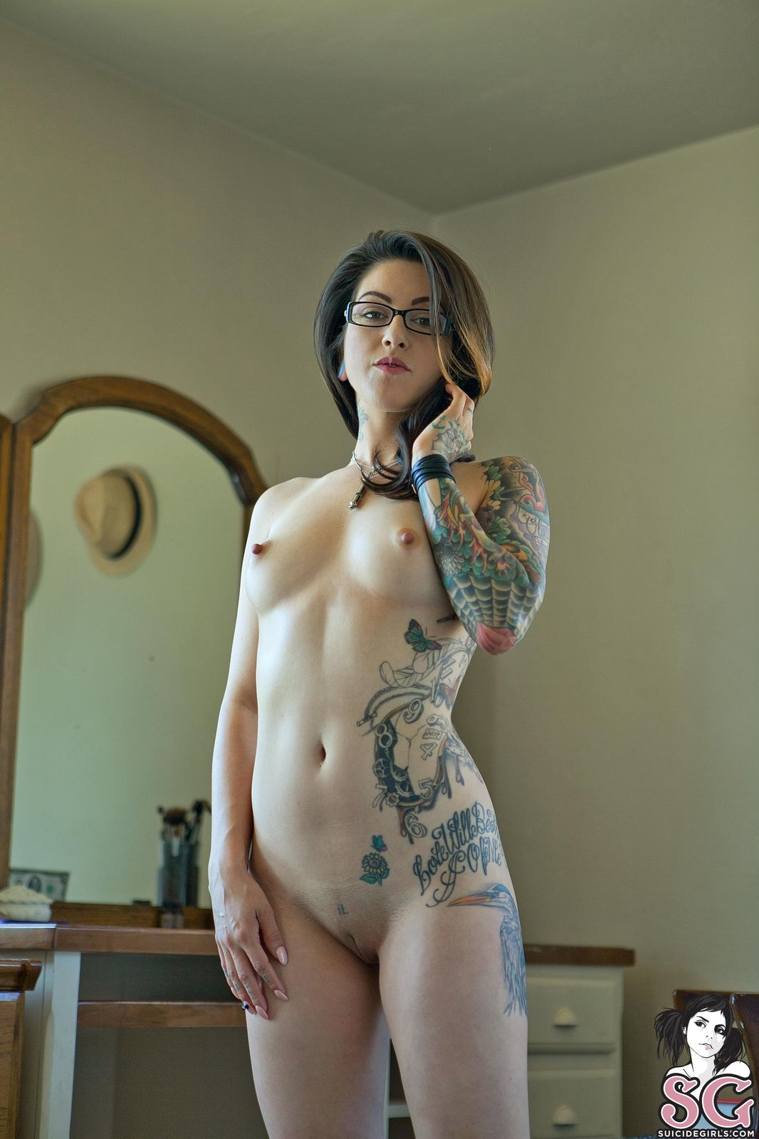 pawn stars suicide girl