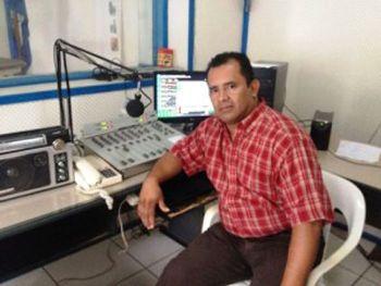 Locutor Adelmo Cortés