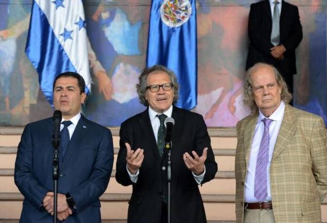 Diálogo e intolerancia : Gobierno de Honduras obstruye trabajo de periodistas de cadenas internacionales