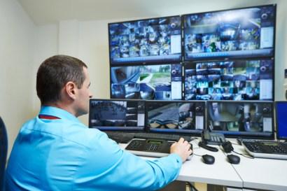 A segurança pode ser aumentada ainda mais com serviços de monitoramento assistido