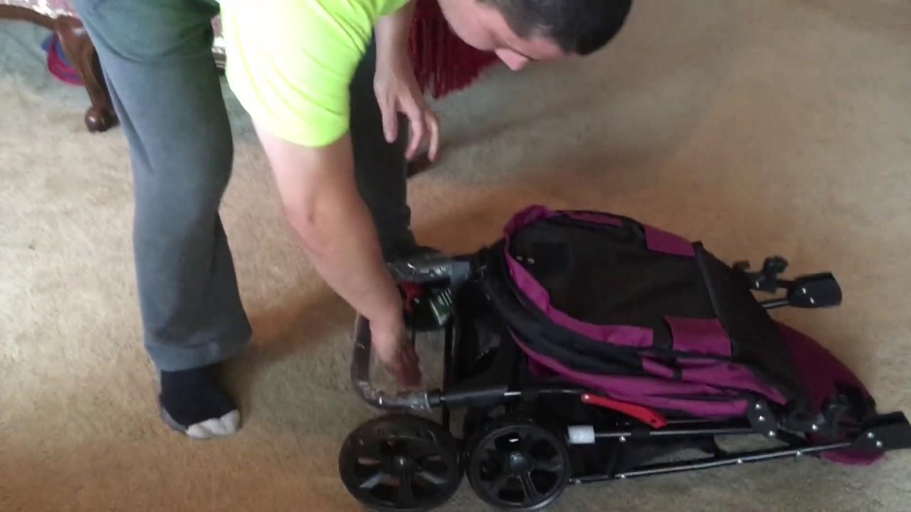Passeggino per cani Pet Gear Happy Trails: recensione e video