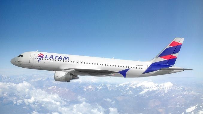 LATAM Airbus A320