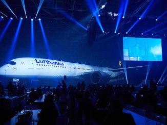 Lufthansa unveils its first A350-900