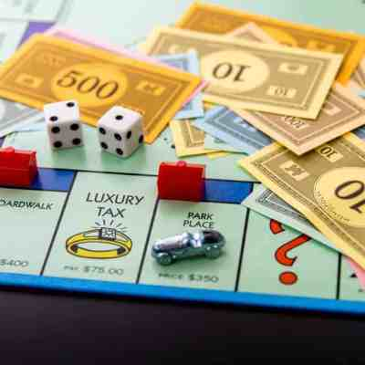 25 Old-Time Board Games to Play with your Grandchildren