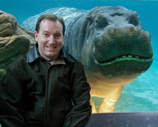 L'hippopotame content d'être là aussi.