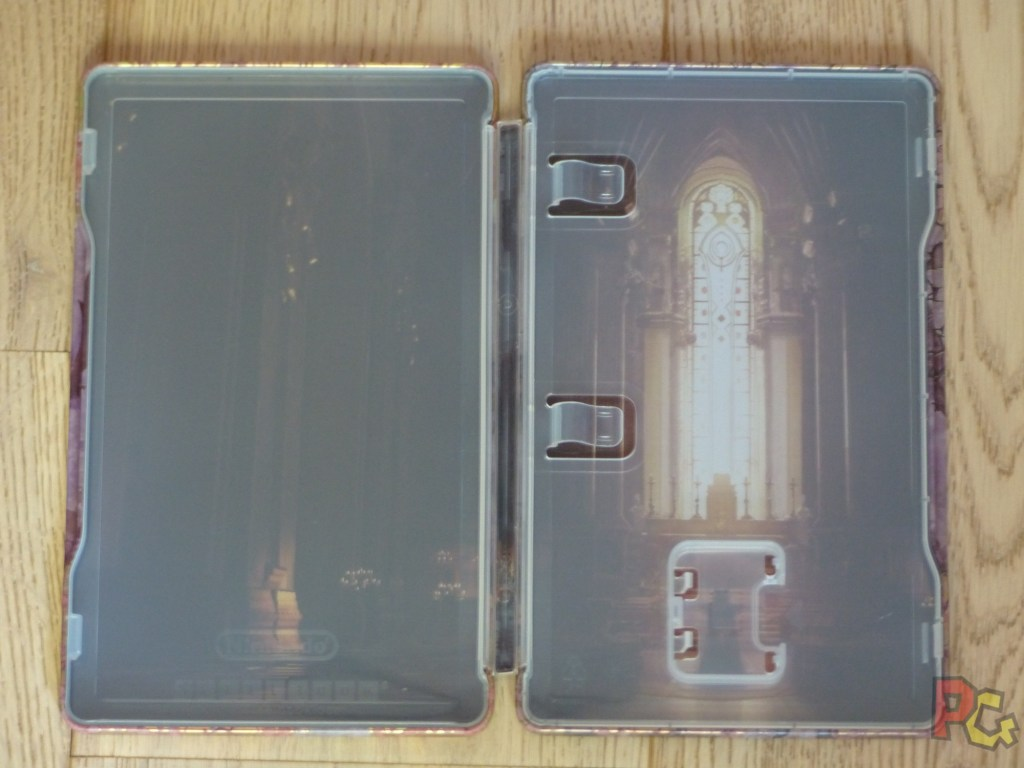 Unboxing Fire Emblem Three Houses - intérieur steelbook