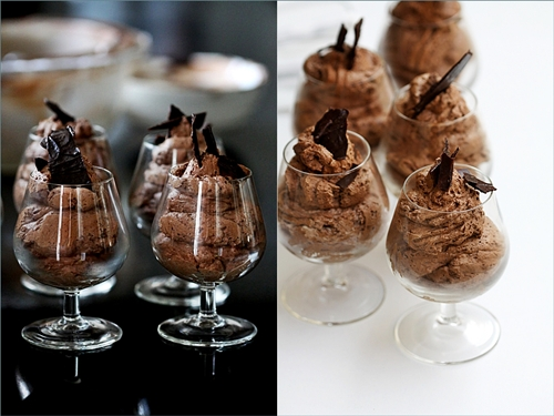 Baking  Mousse-a-cotta with Macs in the Air!