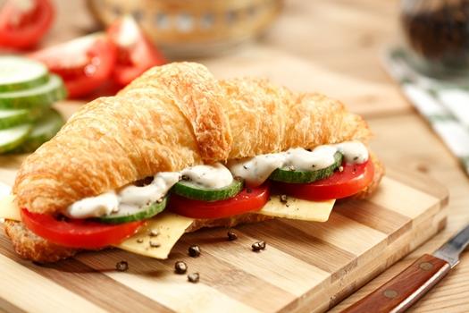 Cheesy Veg Croissant
