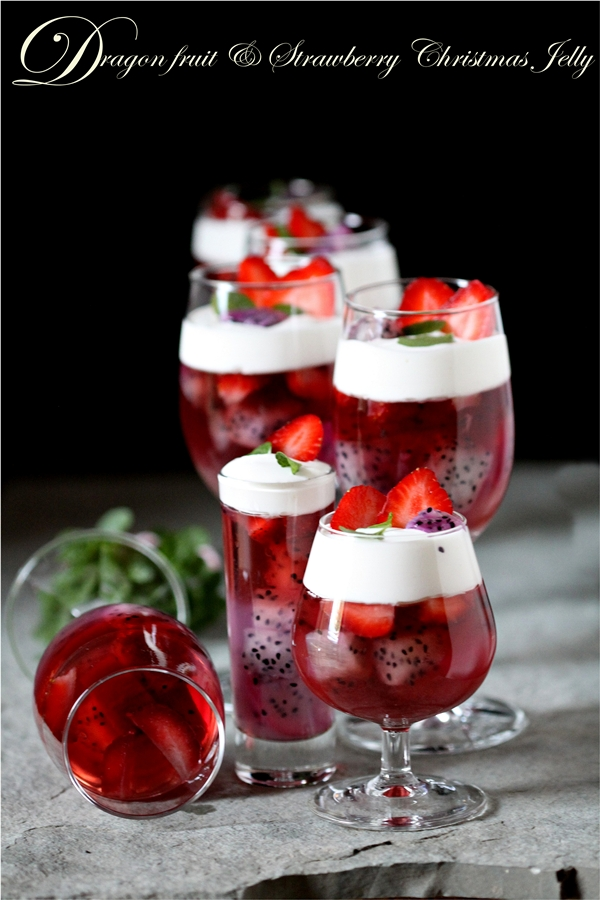 Dragon fruit & Strawberry Christmas Jelly