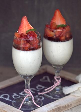 no bake   buttermilk vanilla bean panna cotta with balsamic