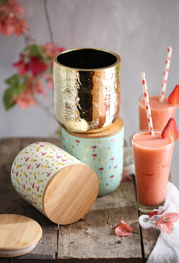 Chumbak-Tropical-1000GV8A8874 Food Talk | Strawberry Pineapple Smoothies & Watermelon Kiwi Gooseberry Fruit Bowl- going Tropical with Chumbak