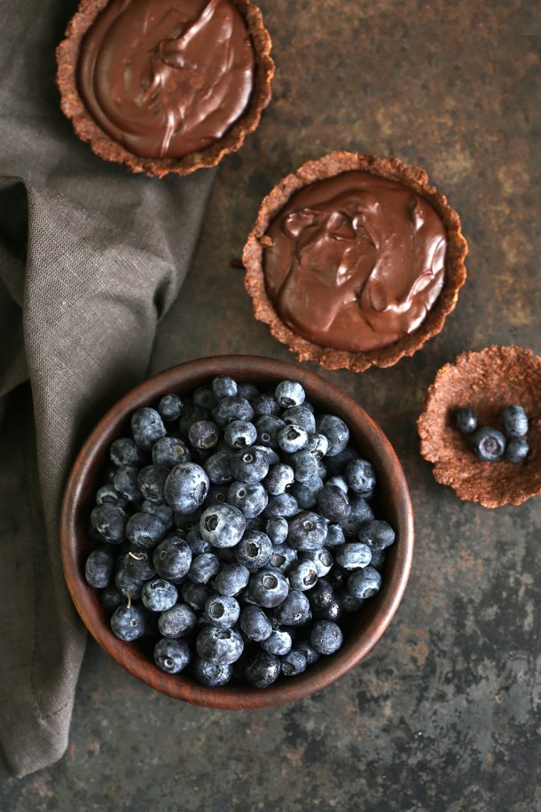 Wholegrain-Eggless-Chocolate-Blueberry-Tart-7 Wholegrain Eggless Chocolate Blueberry Tarts ... sometimes chocolate IS the answer!